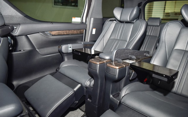 Toyota Alphard tại muaxegiabeo 11 - Toyota Alphard: giá xe và khuyến mãi tháng [hienthithang]
