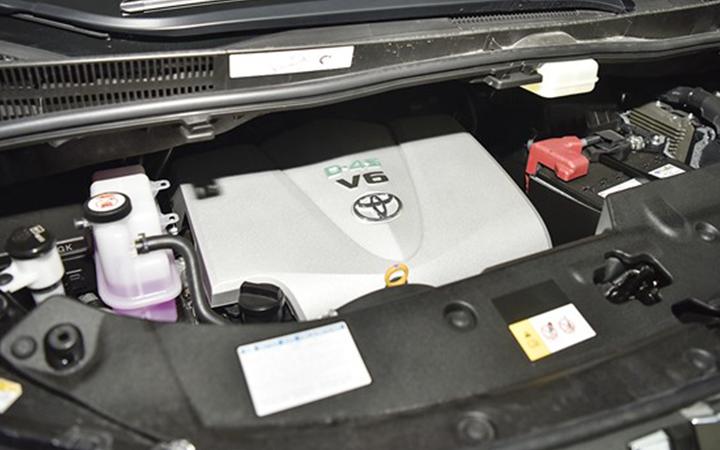 Toyota Alphard tại muaxegiabeo 27 - Toyota Alphard: giá xe và khuyến mãi tháng [hienthithang]