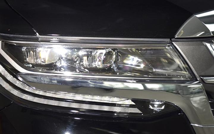 Toyota Alphard tại muaxegiabeo 3 - Toyota Alphard: giá xe và khuyến mãi tháng [hienthithang]