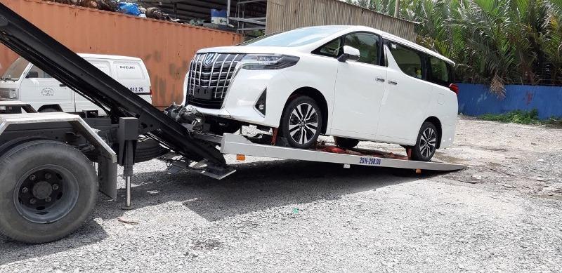 Xe Toyota Alphard - Bảng giá xe Toyota [hienthinam] được cập nhật liên tục