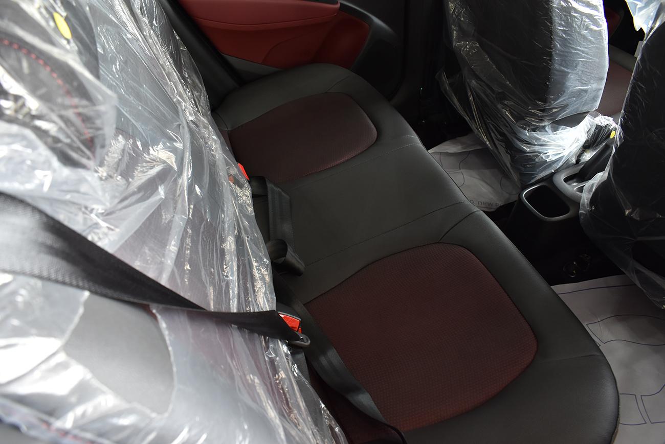 gia xe hyundai i10 lan banh tra gop 8 - Hyundai Grand i10: giá xe và khuyến mãi tháng [hienthithang]/[hienthinam]