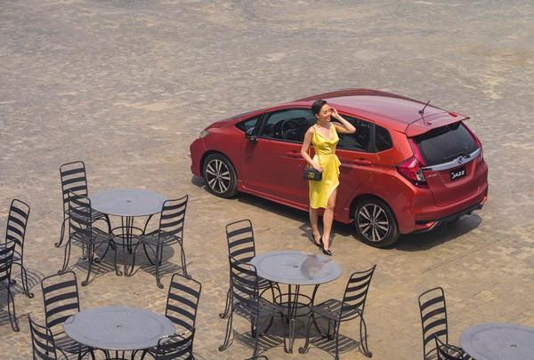 danh gia xe honda jazz 2019 tai muaxegiabeo 24 - Danh sách các hãng và Giá xe Ô Tô của năm [hienthinam]