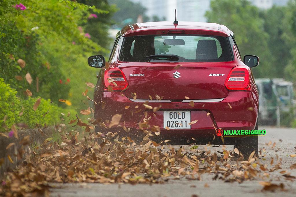 danh gia xe suzuki Swift tai muaxegiabeo 19 - Suzuki Swift [hienthinam]: giá xe và khuyến mãi tháng [hienthithang]