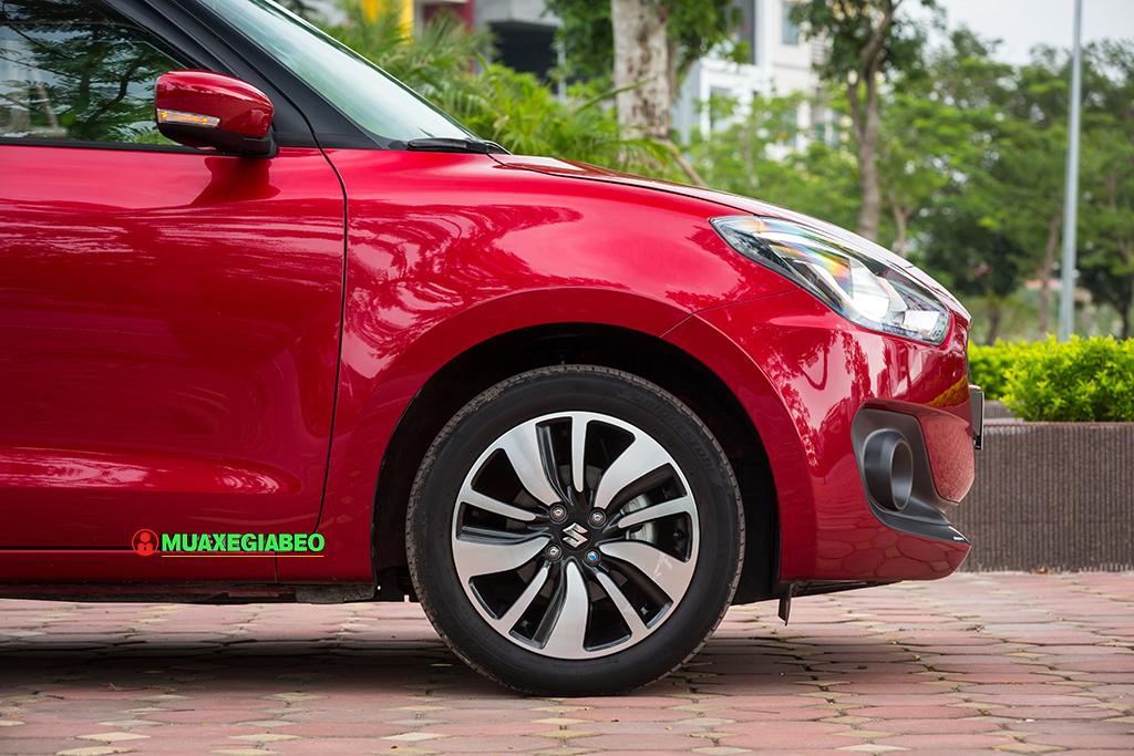 danh gia xe suzuki Swift tai muaxegiabeo 6 - Suzuki Swift [hienthinam]: giá xe và khuyến mãi tháng [hienthithang]