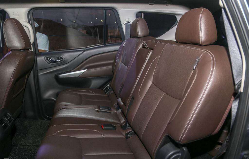 tai muaxegiabeo 11 - Nissan Terra [hienthinam]: giá xe và khuyến mãi tháng [hienthithang]