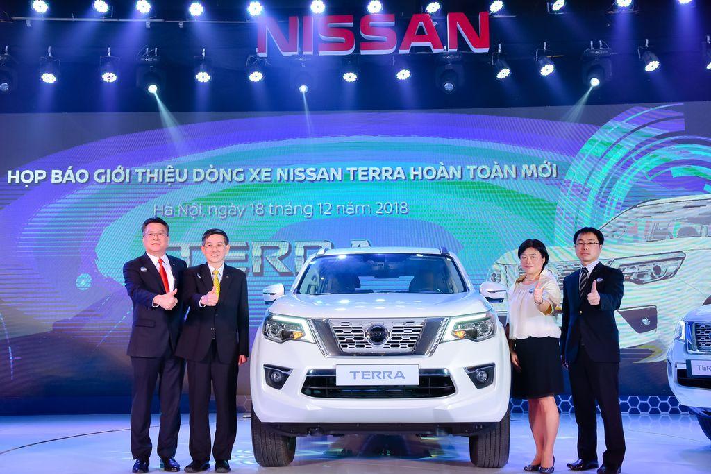 tai muaxegiabeo 34 - Nissan Terra [hienthinam]: giá xe và khuyến mãi tháng [hienthithang]