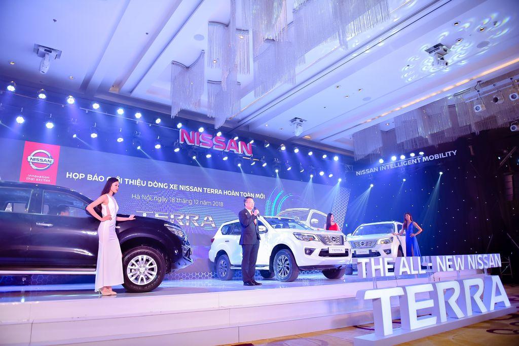 tai muaxegiabeo 36 - Nissan Terra [hienthinam]: giá xe và khuyến mãi tháng [hienthithang]