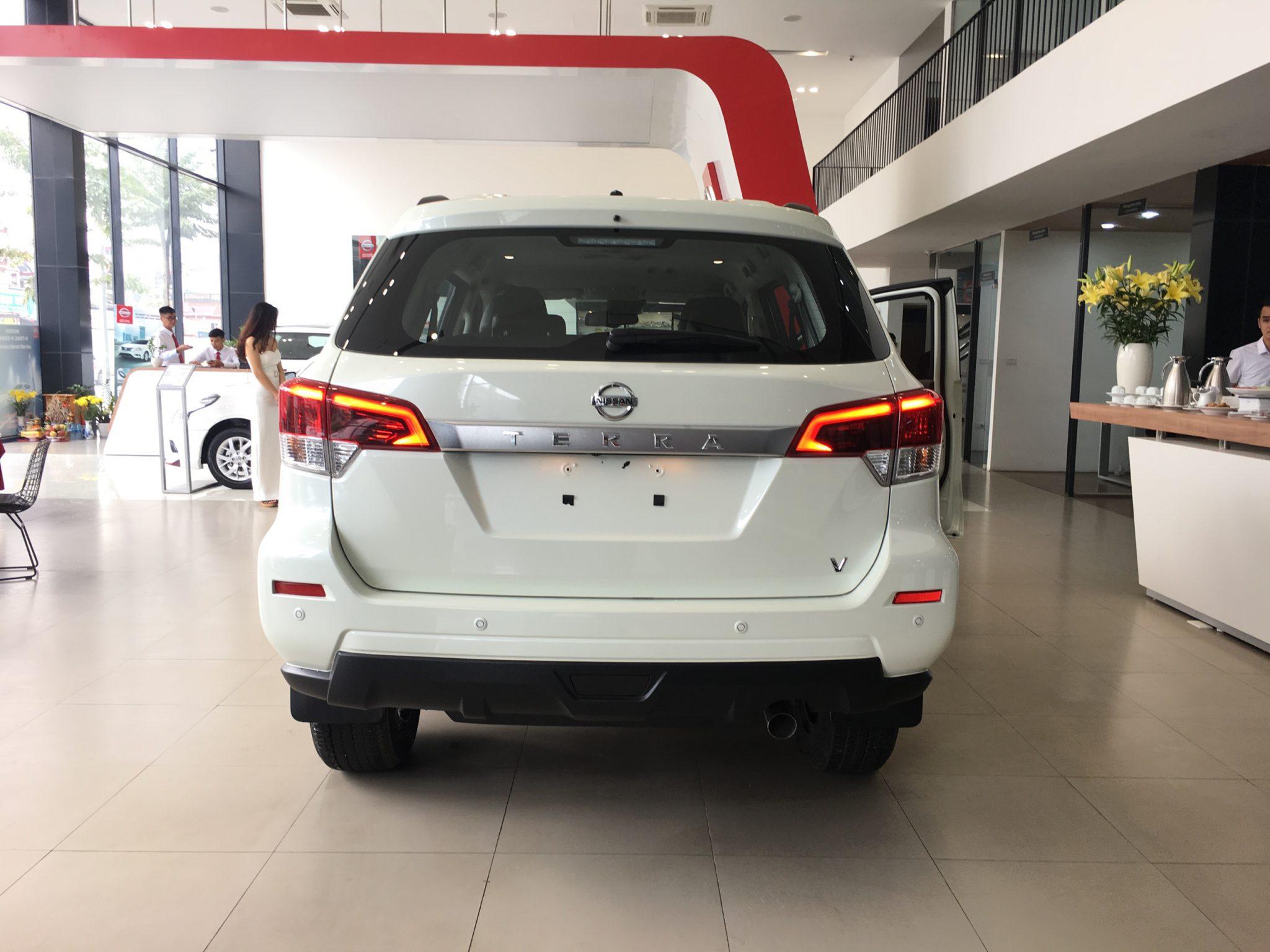 tai muaxegiabeo 4 - Nissan Terra [hienthinam]: giá xe và khuyến mãi tháng [hienthithang]
