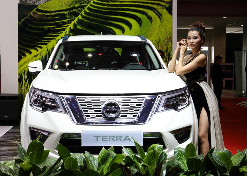 tai muaxegiabeo 9 - Nissan Terra [hienthinam]: giá xe và khuyến mãi tháng [hienthithang]