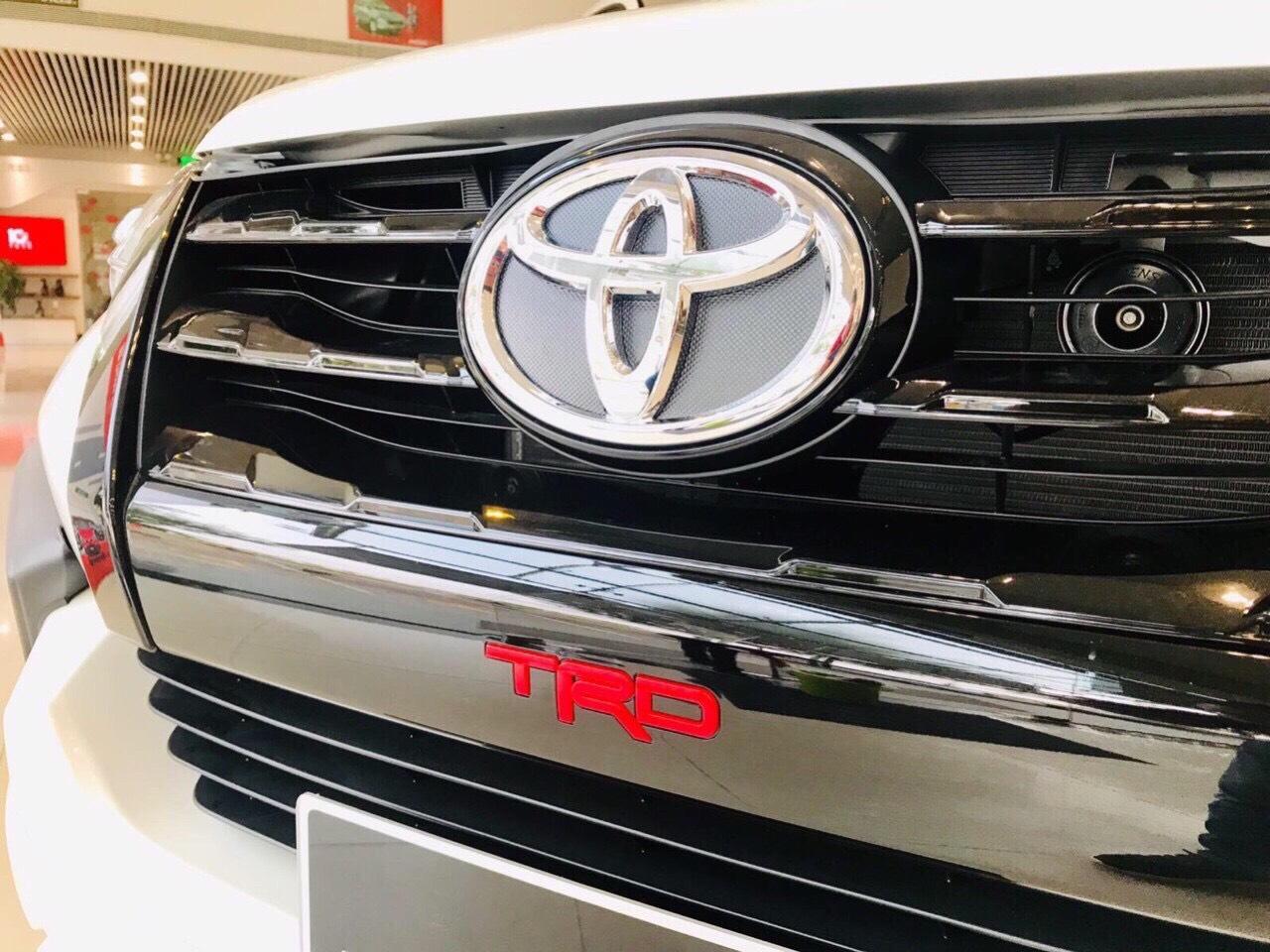 Xe Toyota Fortuner TRD 2019 tai muaxegiabeo 6 - Fortuner TRD [hienthinam]: giá xe và khuyến mãi mới