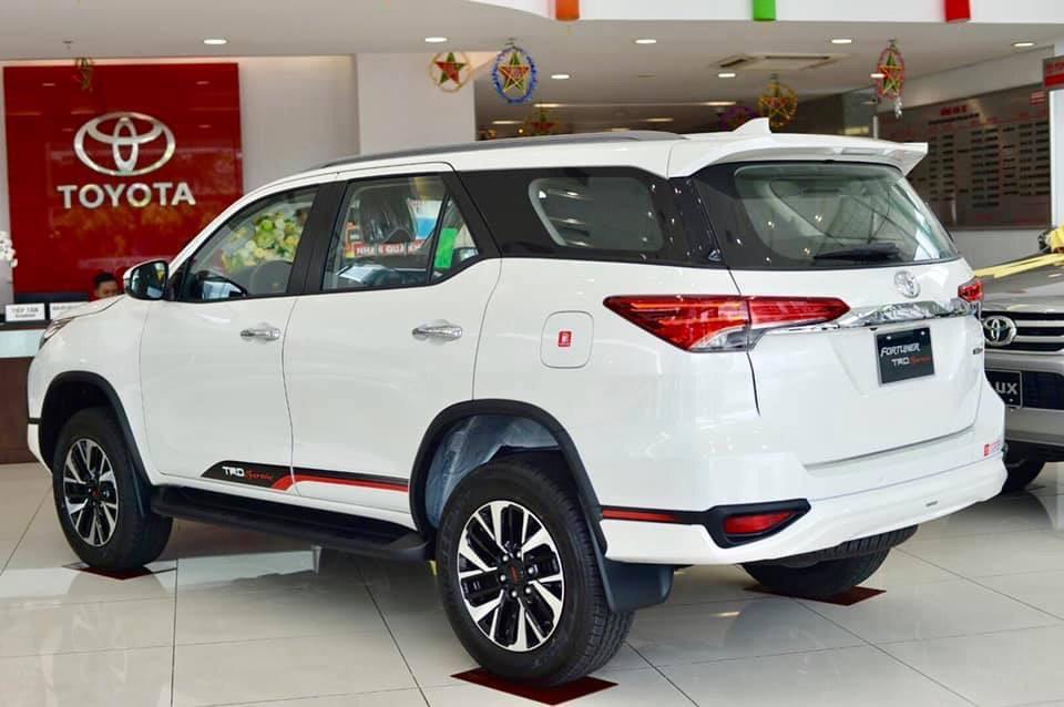 Xe Toyota Fortuner TRD 2019 tai muaxegiabeo 8 - Fortuner TRD [hienthinam]: giá xe và khuyến mãi mới