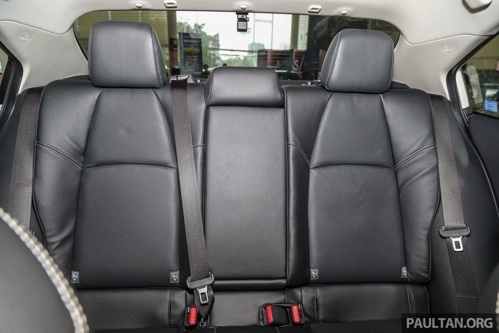 danh gia xe toyota corolla altis 2020 anh 04 - Altis 2020: Giá xe và khuyến mãi hấp dẫn cập nhật tháng [hienthithang]