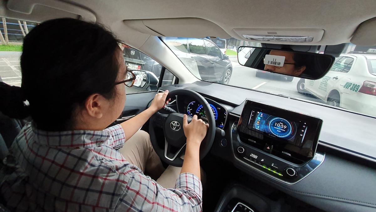 danh gia xe toyota corolla altis 2020 anh 27 - Altis 2020: Giá xe và khuyến mãi hấp dẫn cập nhật tháng [hienthithang]