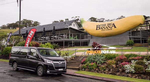 danh gia xe toyota granvia 2021 anh 01 - Toyota Granvia 2021: Giá xe và khuyến mãi hấp dẫn