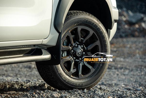 danh gia xe ban tai toyota hilux 2021 cua muaxetot.vn anh 05 - Toyota Hilux 2021: Giá xe và khuyến mãi hấp dẫn