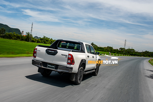 danh gia xe ban tai toyota hilux 2021 cua muaxetot.vn anh 13 - Toyota Hilux 2021: Giá xe và khuyến mãi hấp dẫn
