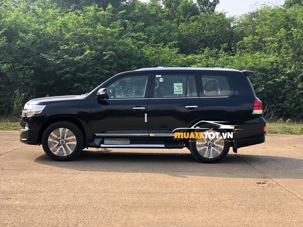 toyota land cruiser 2021 cua muaxetot.vn anh 03 - Toyota Land Cruiser 2021: Giá xe và khuyến mãi hấp dẫn
