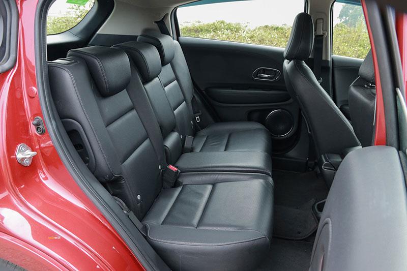 Honda HRV 4 - Honda HRV [hienthinam]: thông số, giá xe & khuyến mãi tháng [hienthithang]