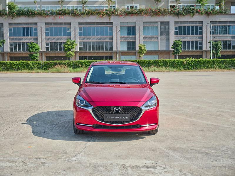 Mazda 2 5 - So sánh Vios và Mazda 2 Sedan: tầm 500-600 triệu nên nên xe 5 chỗ nào