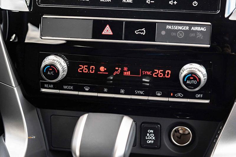 Mitsubishi Pajero Sport 8 - Mitsubishi Pajero Sport [hienthinam]: thông số, giá xe & khuyến mãi tháng [hienthithang]