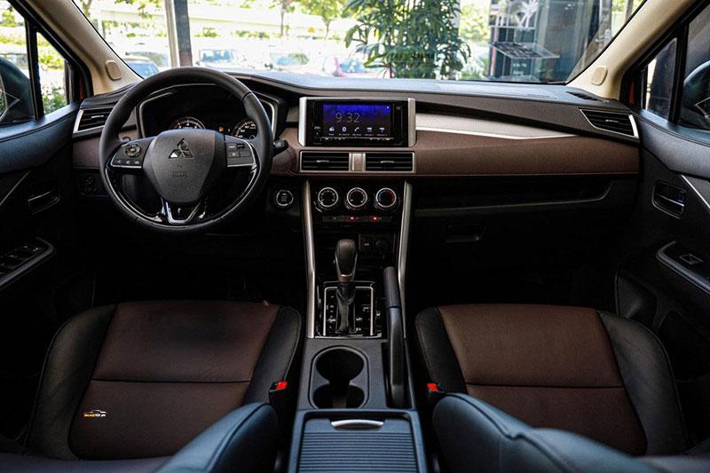 Mitsubishi Xpander Cross 15 - Mitsubishi Xpander Cross [hienthinam]: thông số, giá xe & khuyến mãi tháng [hienthithang]