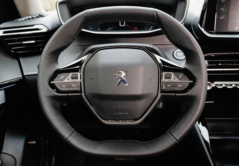Peugeot 2008 5 - Peugeot 2008 [hienthinam]: thông số, giá xe & khuyến mãi tháng [hienthithang]