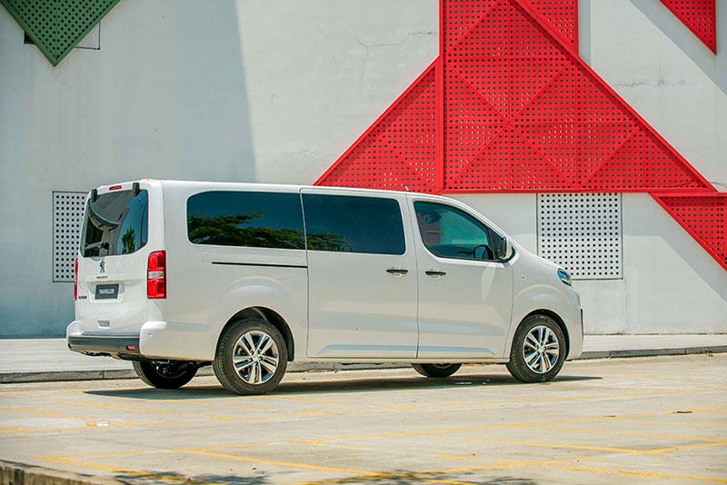 Peugeot Traveller 8 - Peugeot Traveller [hienthinam]: thông số, giá xe & khuyến mãi tháng [hienthithang]