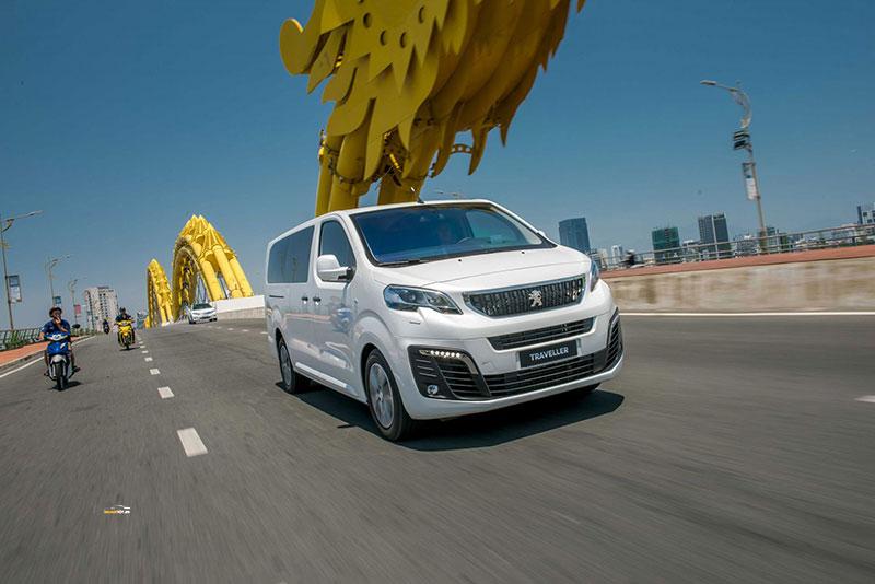 Peugeot Traveller 9 - Peugeot Traveller [hienthinam]: thông số, giá xe & khuyến mãi tháng [hienthithang]